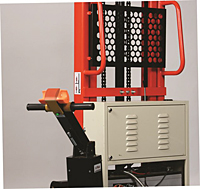 2,200 lb Capacity Power Drive Stacker - Detail